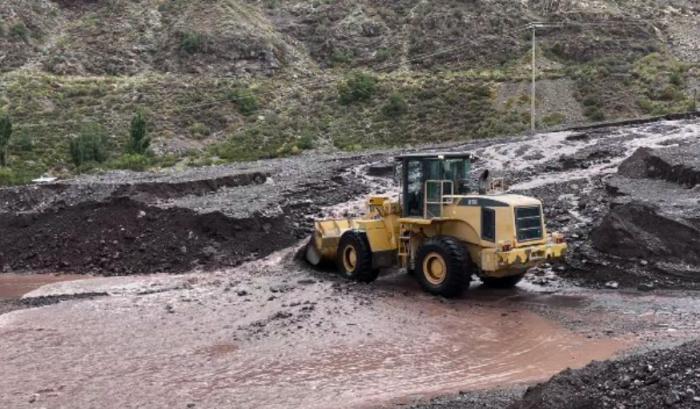 Onemi ordena evacuación en sectores de San José de Maipo por riesgo de aluvión en medio de sistema frontal