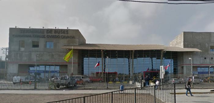 Fiscalizadores sanitarios detienen funciones en el terminal de buses de Antofagasta debido a los malos tratos de los pasajeros