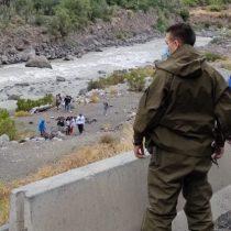 San José de Maipo: se registran lluvias en el sector cordillerano de Santiago y desalojan a personas que seguían en las orillas del río