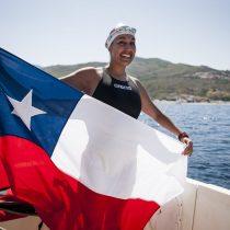 Bárbara Hernández, nadadora en aguas gélidas, es nominada como mujer del año en premio internacional: revisa cómo votar por ella