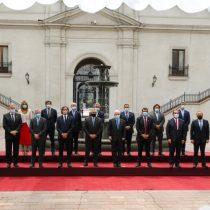 La machista foto oficial de la visita de Alberto Fernández a Piñera en La Moneda