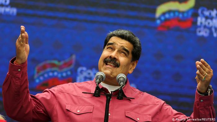 Maduro asegura que quiere negociar con Biden para el levantamiento de sanciones y llama a inversionistas de EE.UU: