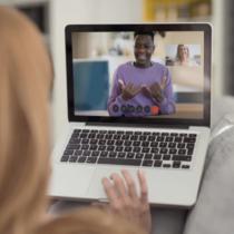 Mujeres sordas víctimas de violencia recibirán orientación, atención psicosocial y jurídica a través de videollamada