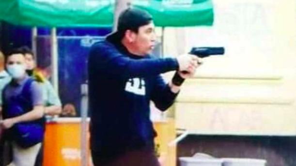 Roberto Belmar quedó libre, con firma mensual y arraigo nacional, tras disparar pistola a balines en Paseo Ahumada