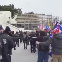 Manifestantes pro Trump superan vallas de seguridad y rodean Congreso estadounidense