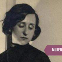 Laura Rodig, la creadora del ícono feminista impreso en las pañoletas verdes a favor del aborto libre en Chile