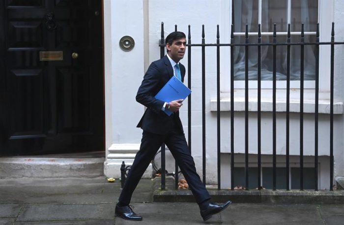 Londres anuncia nuevas ayudas de casi 5.000 millones por tercer confinamiento