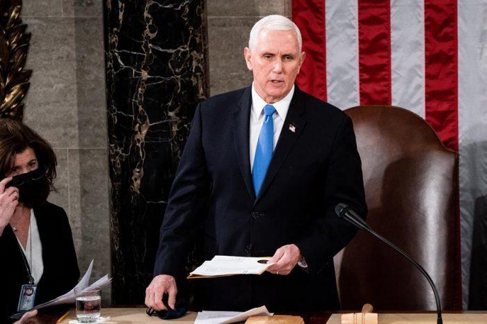 Hechos de violencia en el Capitolio: Congresistas estadounidenses piden a vicepresidente Pence que aplique enmienda para destituir a Trump