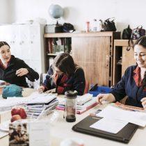 Estudio proyecta que podrían faltar más de 26 mil docentes para 2025