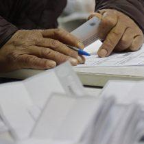 Proyecto de voto anticipado sigue generando discrepancias: parlamentarios establecen siete días de antelación y el Ejecutivo propone solo dos
