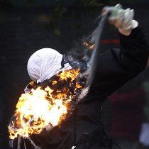 Imputados por lanzamiento de bombas molotov durante el estallido social son condenados a 3 y 4 años de presidio
