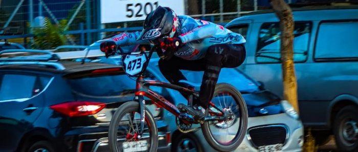 """Benjamín Vergara, campeón nacional de BMX: """"En Chile yo creo que es imposible vivir de mi deporte"""""""