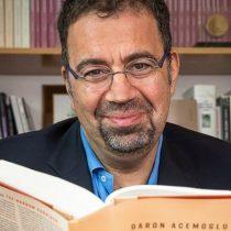 """Autor de """"Por qué fracasan las naciones"""": """"En Chile hay niveles muy, muy altos de desigualdad y aún no ha conseguido sacudirse del todo el legado del régimen de Pinochet"""""""