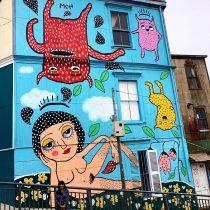 Seremi de Cultura advierte que Mon Laferte podría ser multada por mural no autorizado en Valparaíso