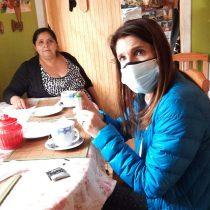 Como en casa: Paula Narváez se reunió en Puerto Varas con vecinas de la villa Michelle Bachelet II