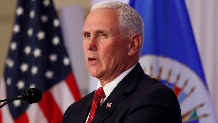 Inédito video revela evacuación de Mike Pence durante asalto al Capitolio: según fiscal, agitadores buscaban