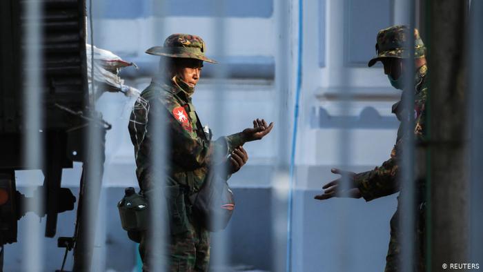 Condena internacional tras golpe de Estado en Birmania