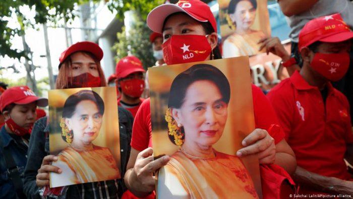 El partido de Aung San Suu Kyi pide su liberación tras el golpe de Estado en Birmania