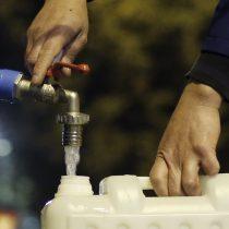 Aguas Andinas descarta corte del suministro en 37 comunas de la RM al menos hasta las 08:00 horas de este martes