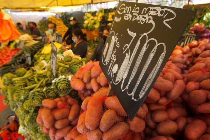 Ministerio de Agricultura descarta alza de precios en frutas y verduras tras sistema frontal