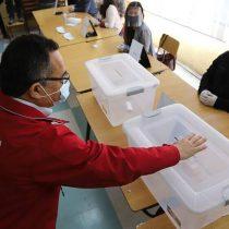 Debate a contrarreloj por elecciones de 11 de abril: Colegio Médico plantea sufragio domiciliario además de voto anticipado desde el domingo anterior o dos días de comicios