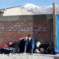 Gobierno confirma fallecimiento de dos migrantes en Colchane: se investiga muerte por Covid-19