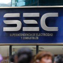 Vecinos de Puente Alto contra CGE por corte de suministro de tres días: presentaron reclamo ante SEC
