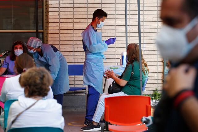Más de un millón de personas ya se han vacunado contra el coronavirus en Chile: Laguna Blanca lidera población objetivo inoculada