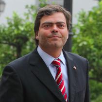 Interrumpió sus vacaciones: Cristián Barra, delegado exclusivo del Gobierno para la Macrozona Sur, volverá de su descanso tras críticas a su rol