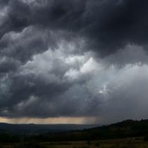 Cambio Climático aumentaría la frecuencia en Chile de eventos extremos como el río atmosférico que precipitó en intensa lluvia el fin de semana