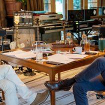 Barack Obama y Bruce Springsteen reflexionan sobre la actualidad en el podcast