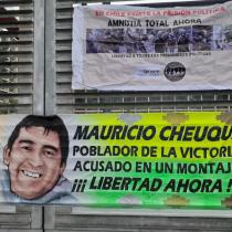Tribunal absuelve a Mauricio Cheuque tras 14 meses en prisión preventiva acusado de portar una bomba molotov
