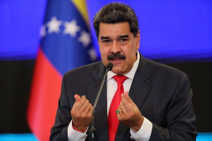 Maduro emplaza a Duque y dice que protección temporal a migrantes venezolanos es un