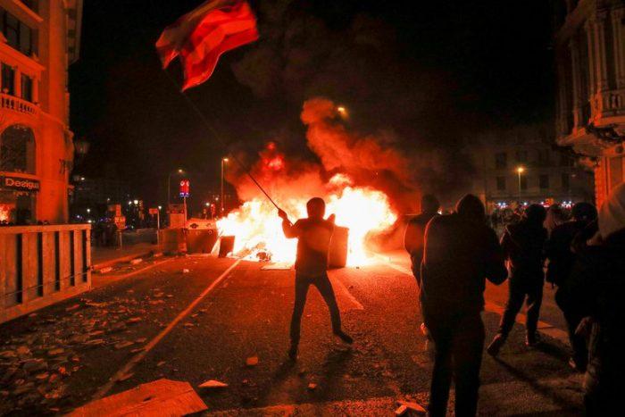 Tercera jornada de protestas en España: manifestantes piden la liberación del rapero Pablo Hasél