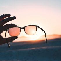¿Daño ocular por el sol? La importancia de cuidar los ojos de los rayos UV