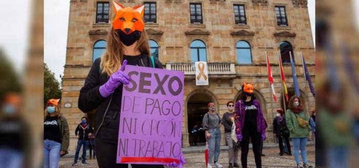 Pornografía y prostitución: cómo se construye un deseo sin reciprocidad ni consentimiento