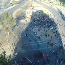 Cientos de manifestantes llegan a Plaza Italia por los presos del estallido