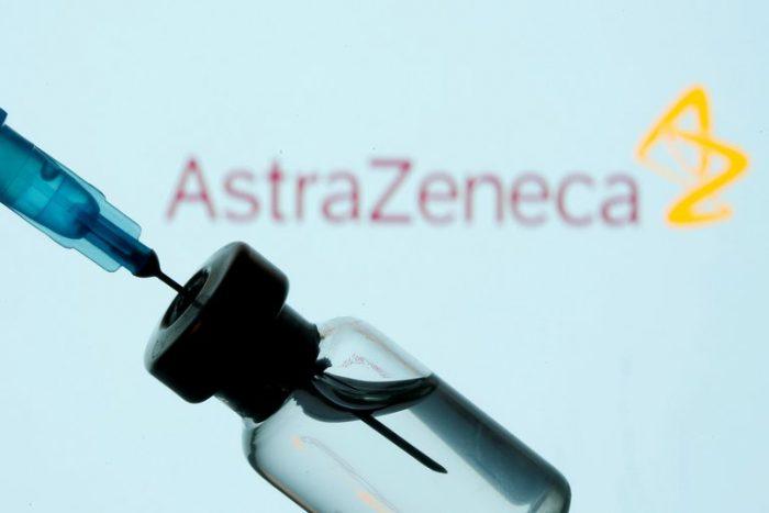 Asesores de la OMS recomiendan la vacuna de AstraZeneca para mayores de 65 años