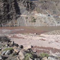 Incremento del caudal en la zona de El Alfalfal en San José de Maipo mantiene el sector con alerta roja luego de evacuar a la comunidad