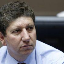 Ministro de Hacienda confronta tercer retiro del 10%: