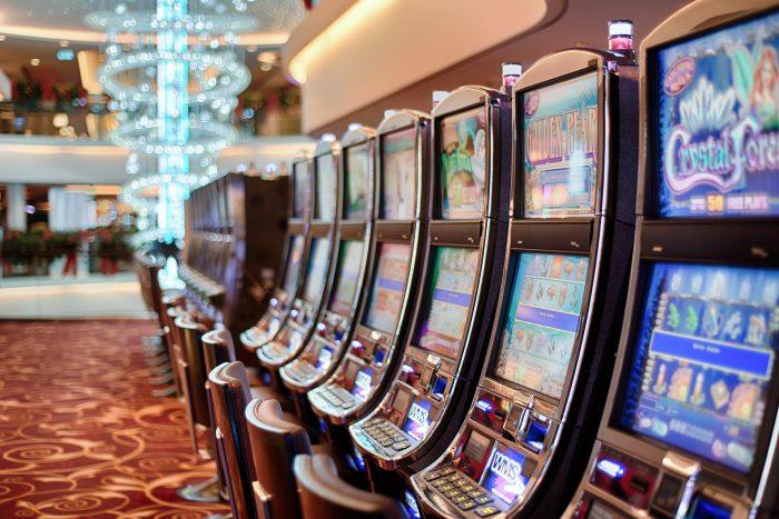 Gobierno autoriza la apertura de casinos a partir de la etapa de Transición