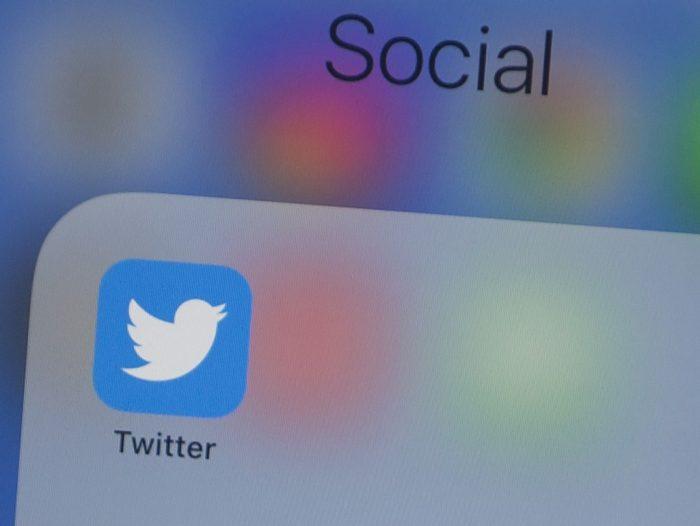 Rusia reduce velocidad de Twitter y amenaza con bloquearlo