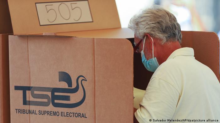 Partido de Nayib Bukele celebra victoria en las elecciones en El Salvador