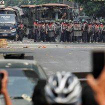 """Casi 40 muertos en """"el día más sangriento"""" de las protestas en Birmania"""