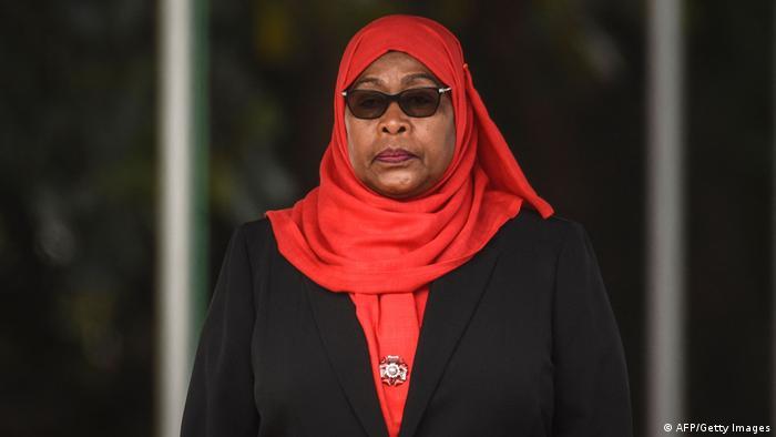 Asume Samia Suluhu, la primera presidenta de Tanzania