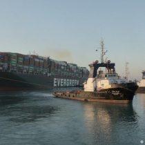 Portacontenedores Ever Given es desencallado y se reanuda tráfico en el Canal de Suez
