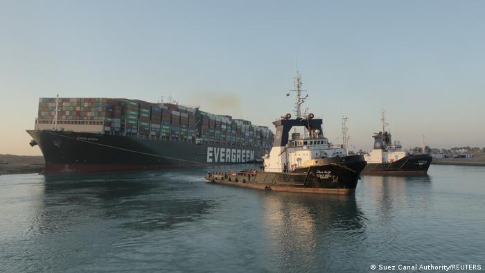 Incidente marítimo en el canal de Suez no dañó imagen de Egipto
