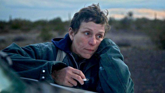 """""""Nomadland"""", la película sobre los expulsados del sistema en EEUU que ganó el Globo de Oro"""