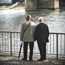 Mantenerse activo es la clave en la rehabilitación de adultos mayores frente a patologías como el covid-19