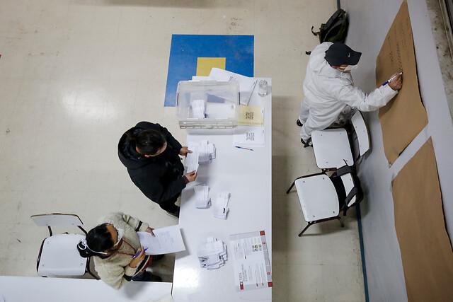 Crece el debate sobre postergar las elecciones: especialistas recomiendan tomar la decisión dos semanas antes del proceso si las condiciones sanitarias son muy extremas